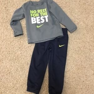 Toddler Nike outfit 3t